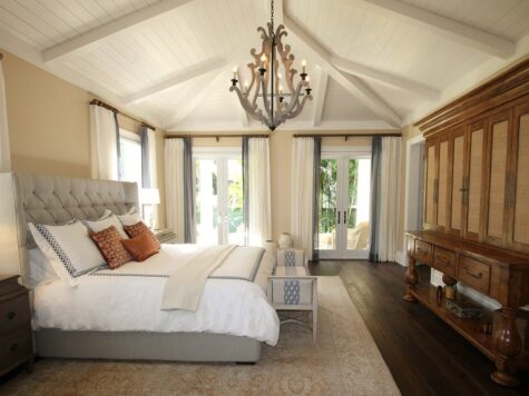 Łóżko do sypialni w stylu glamour