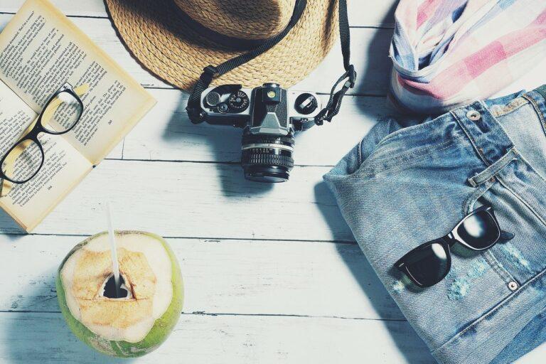 Pierwsze wakacje za granicą – o czym warto pamiętać?