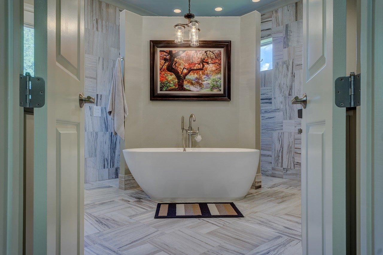 Dekor w łazience – jak go odpowiednio dobrać?