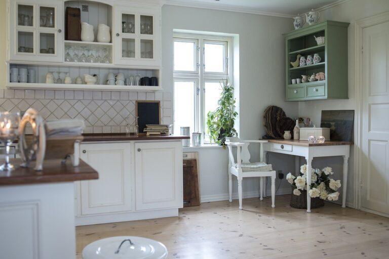 Co lepsze – płytki czy panele przy ogrzewaniu podłogowym?